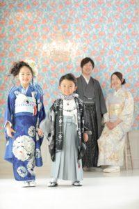 七五三を家族4人で着物姿で前撮り撮影