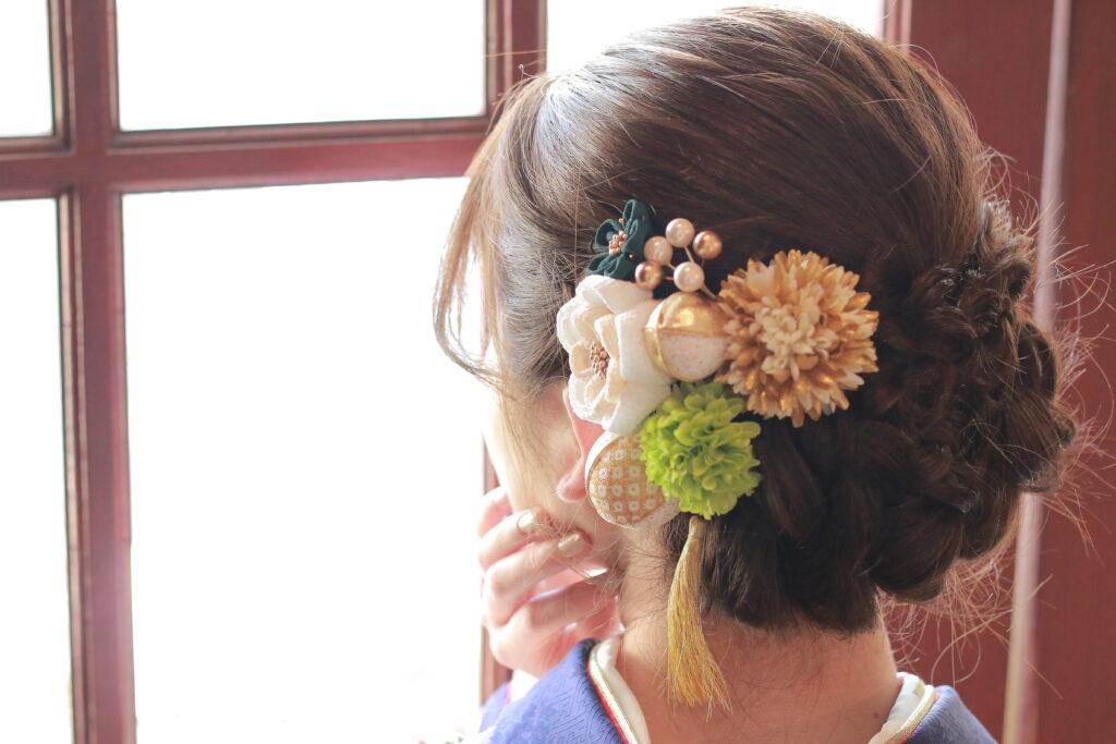 振袖 髪型 ヘアアレンジ シニヨン 編み込み