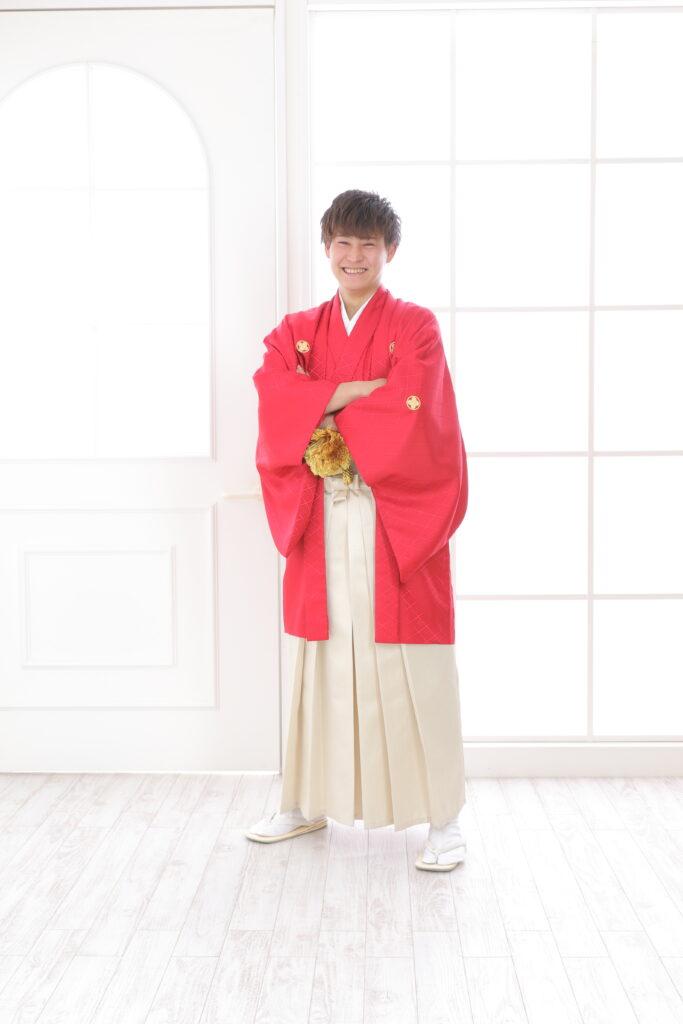成人男子袴のすすめ!せっかくのお祝い!袴でカッコよく決めよう!鴻巣店
