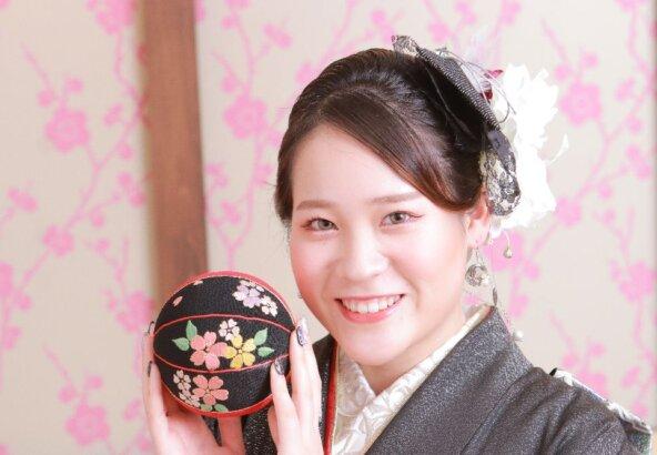 フォトスタジオkomachi深谷店にて撮影の成人式前撮り写真「鞠」
