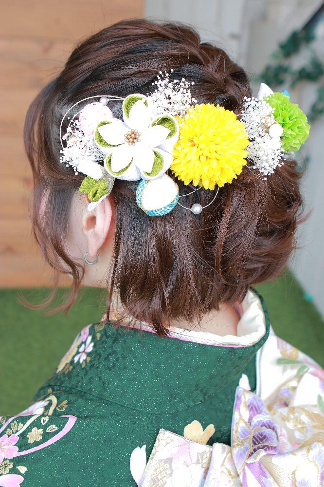フォトスタジオkomachi深谷店にて撮影の成人前撮り写真 髪飾り