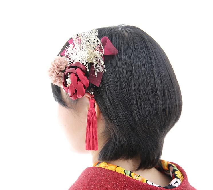 ショートヘアに合う髪飾り